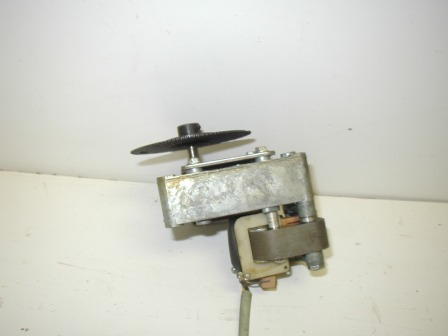 Motor & Gear Box (Item #81)  (None Working For Parts Or Rebuild) (OEM Part #  391491) $26.99