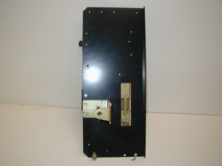 Rowe R-92 Jukebox Coin Acceptor Main Bracket (Item #30) Back Image