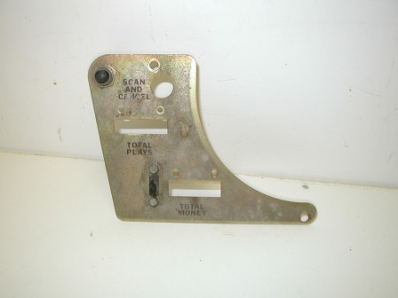 Rowe Mechanism (60870001) (Serial no.08750) Turntable Bracket (Item #8) $12.99
